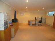 property to rent in High Street, SN6