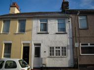 3 bed Terraced house in Dover Street, Swindon...
