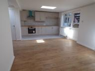 High Street Ground Flat to rent