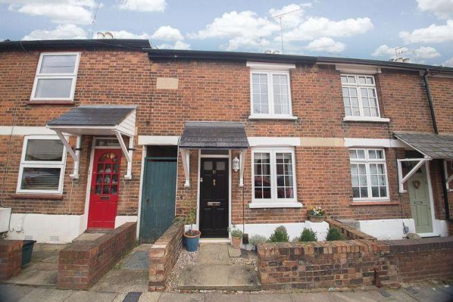 2 Bedroom House St Albans 2 Bedroom Terraced House For