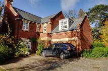 5 bedroom Detached property for sale in Azalea Close, St Albans