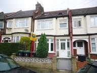 4 bedroom Terraced property for sale in Woodside Road, Woodgreen