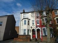 1 bed Ground Flat in Carlingford Road...
