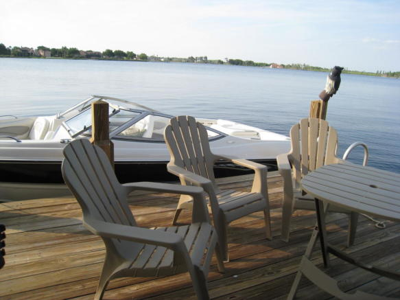 seating on dock