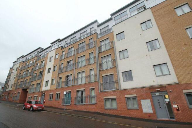 2 bedroom flat for sale in city walk apartments irving street birmingham city centre b1