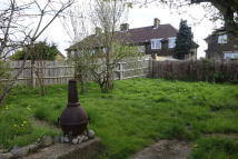 2 bed Flat for sale in Mormead Road...