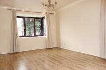 Ground Flat to rent in Ashurst Close, Anerley