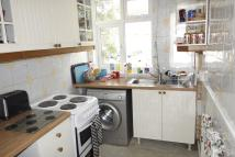 3 bedroom Flat to rent in Grove Vale, East Dulwich