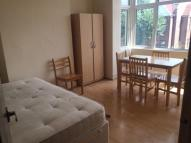 Boreham Road Flat to rent