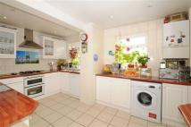 3 bedroom property in Durnsford Road, London