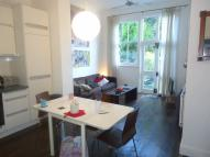 Flat to rent in Beautiful Modern 2 Bed...