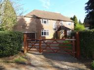 4 bed Detached home in Highwold Chipstead