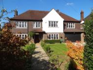 6 bedroom Detached property in Hollymead Road, Chipstead