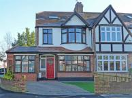 4 bed End of Terrace property in Broomfield Road...