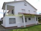8 bed Villa for sale in Vilagarcía de Arousa...