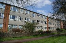 2 bed Flat in Hazelhurst Road...