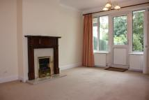 Semi-Detached Bungalow to rent in Banstead