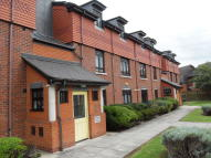 2 bedroom Apartment to rent in Morden