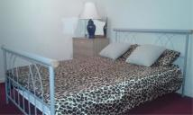 Apartment to rent in Waltham Road, Southall