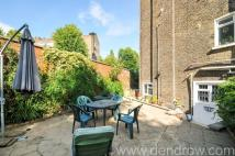 5 bed Terraced house for sale in Greville Road