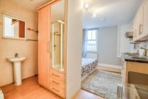 Studio flat to rent in Queensberry Place...