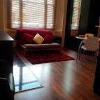 Studio flat in Kensington Park Road...