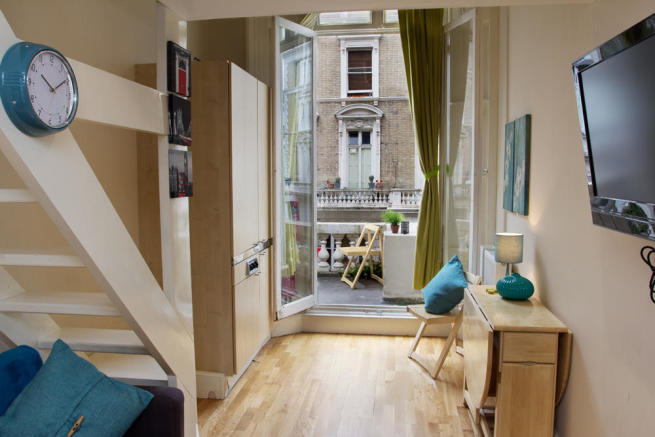 Studio Apartment London studio flat to rent in clanricarde gardens,london,w2, w2