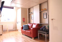 Studio apartment to rent in CLANRICARDE GARDENS...