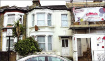 3 bedroom Terraced house in 68 Fircroft Road...