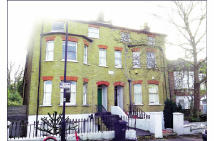 Flat for sale in 7 Avenue Park Road...