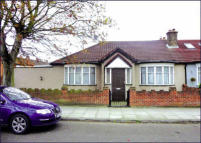 Bungalow for sale in 1 Edgehill Road, Mitcham...