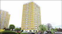3 bed Flat in 34 Newbury House...