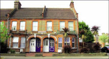 Flat for sale in 382 Markhouse Road...