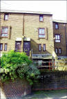 1 bedroom Flat in 143 Wood Lane...