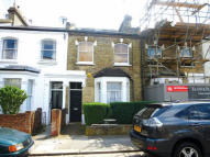 Apartment for sale in 35 Hannell Road, Fulham...