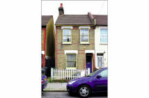 Terraced property in 42 Exeter Road, Croydon...