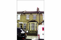 4 bedroom Terraced property in 103 Fairlawn Park...