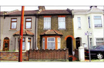 3 bed Terraced home for sale in 28 Pelham Road, Ilford...