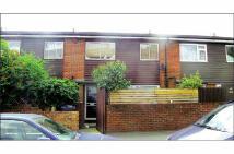 2 bed Terraced property in 101 Estreham Road...