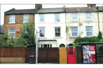 4 bedroom Terraced house in 326 Earlsfield Road...