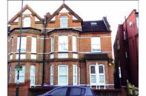 10D St Pauls Avenue Flat for sale
