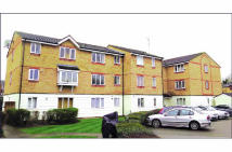 1 bed Flat for sale in 37 Mullards Close...