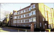 Flat for sale in 57 Warwick Gardens...