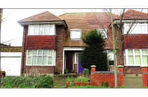 Flat for sale in 111A Gunnersbury Avenue...