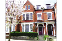 Terraced home in 60 Huron Road...