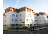 2 bed Flat for sale in 23 Esk House...