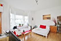 1 bedroom Ground Flat for sale in Fernlea Road, Balham...