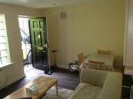 2 bed Flat to rent in Pemberton Gardens...