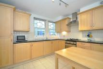 3 bed Apartment to rent in Hand Court, Bloomsbury