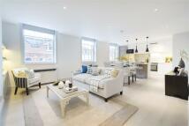 3 bedroom Apartment to rent in Henrietta Street...